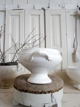 große antike Terrine aus Frankreich weiße Keramik MOULIN DES LOUPES