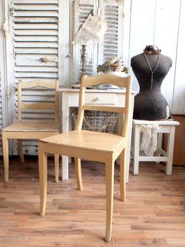 Antiker Stuhl Küchenstuhl - geniale Patina - shabbychic