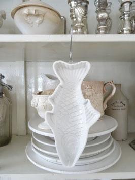 FISCH V&B antike Form weiße Keramik
