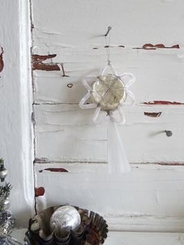 uralte seltene Baumkugel mit Chenille und Draht verziert weiß-silber