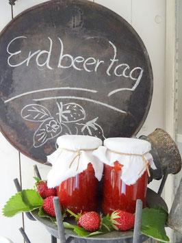 1 Glas ERDBEER-Konfitüre OHNE Stücke