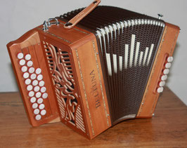 Accordéon Beltuna Alex 2 en cerisier accordé swing