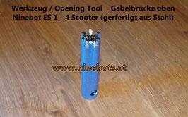 Ninebot Scooter Opening Tool Gabelbrücke oben