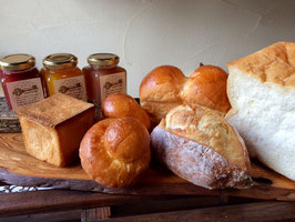 ~朝食を美味しく~パンとコンフィチュール詰め合わせ