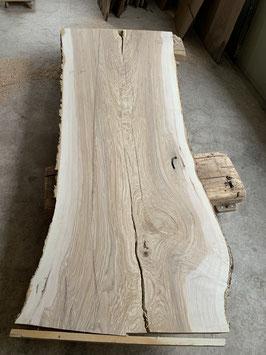 Riesen-Baum Tisch-Platte, Eschenholz. Vom Hirschberg Appenzell. 285cm Lang
