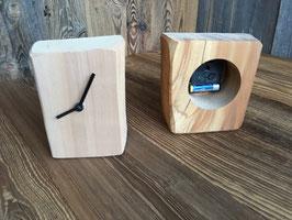 Holzklotz Uhr