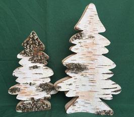 Tannenbäume aus Birkenholz mit Rinde
