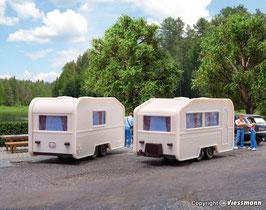 2 Wohnwagen