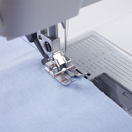 """1/4"""" quilt- en patchworkvoet met IDT™ systeem"""