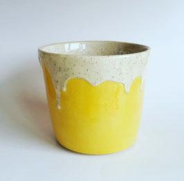 creamy yellow Mia