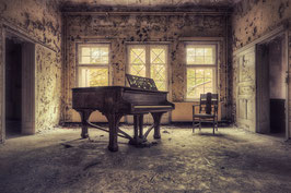 The Piano Lesson FS 008