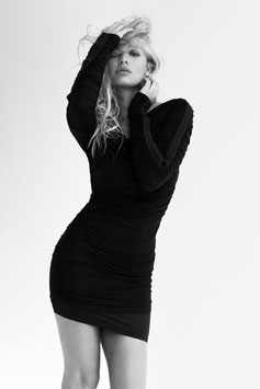 Christa Rigozzi black & white