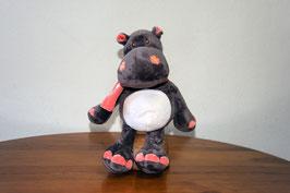 Hipopótamo con bufanda m