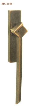 FAMA Hebe Schiebetür Griff MG2186 aus Bronze mit Griffmuschel außen