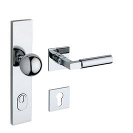 Bauhaus Sicherheits Langschildgarnitur KNO 245-02/44F FLC mit quadratischen Rosetten innen.