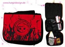 "Alltagshelden ""Hellgirl"" © hatgirl.de Badtasche, Schminktasche, Waschtasche, Reisetasche,  Kulturtasche"
