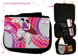 Vintage Vespa Riders Pink - hatgirl.de Badtasche, Schminktasche, Waschtasche, Reisetasche,  Kulturtasche
