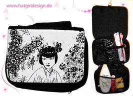 Chinagirl - hatgirl.de Badtasche, Schminktasche, Waschtasche, Reisetasche,  Kulturtasche