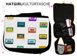 Farbenfroh Tapedeck © hatgirl.de Badtasche, Schminktasche, Waschtasche, Reisetasche,  Kulturtasche