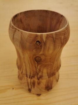 Holzvase aus Zeder