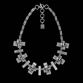 Collier 1043