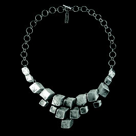 Halskette 1380