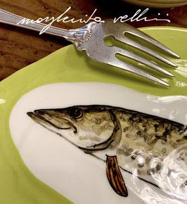 PIATTO IN PORCELLANA CON PESCE DEL LAGO LUCCIO ART. 05