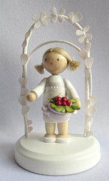 Geburtstagskind mit Erdbeeren
