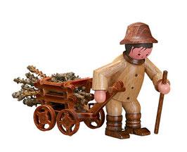 Waldarbeiter mit Wagen