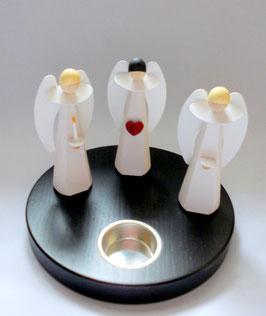 Engel  auf Teelichthalter