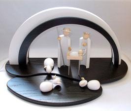 Holz-Design-LED-Bogen mit Dekofläche, Vorlegebrettchen und Figuren