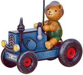 Teddy mit Traktor