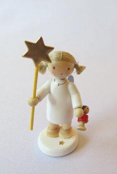 Engel mit Stern und Puppe