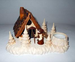 Räucherhaus mit Reisigsammlerin und Teelichthalter