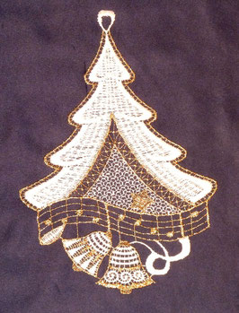 Weihnachtsbaum aus Plauener Spitze