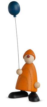 Linus mit blauem Luftballon
