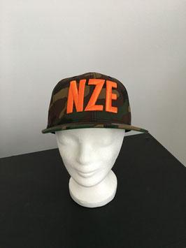 """NEU! snapback cap """"NZE"""", camouflage I orange"""