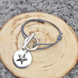 Bracelet attache étoile