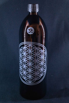 1 L Flasche, Mironglas / Violett-glas `Blume des Lebens´ V-3