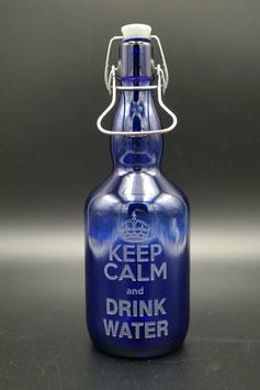 0,75L blaue Glasflasche - keep calm