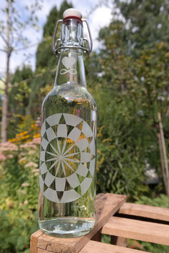 0,5 L Trinkflasche - FREIGLAS - Kornkreis-Symbol , Keramik-Bügelverschluß