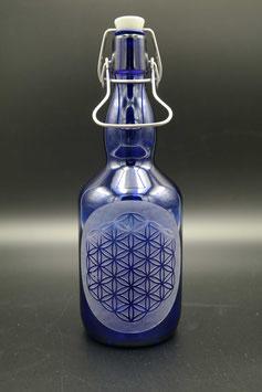 0,75L blaue Glasflasche - Blume des Lebens .4