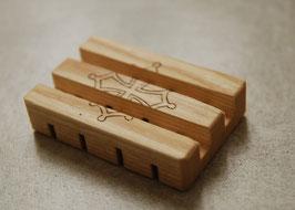 PORTE SAVON en bois de frêne 1