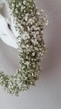 Rustikaler Kranz aus Schleierkraut - Blumenkranz - weiß 27 cm. - Wandkranz