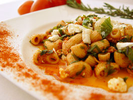 Nudeln Rotes Pesto