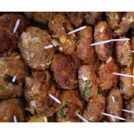 Hausgemachte Frikadellen aus Rindfleisch