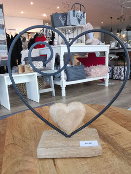 Herz Ständer aus Metall mit Holz