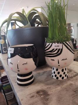 Porzellan Vase Gesicht mit Streifen oder Punkten