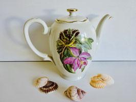 KPM Teekanne mit Blumendekor Magnolie