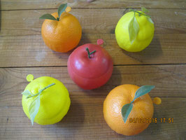 LOT DE 5 FRUITS DUMA
